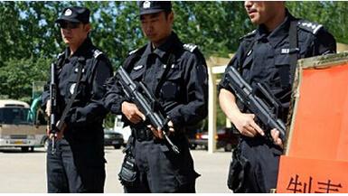 中特保安保公司对于处理停车场突发事件的方式?